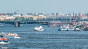Meteorowa łódź motorowa na Neva rzecznym timelapse, St Petersburg, Rosja zbiory wideo