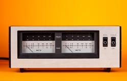 Meter för VU för makt för RMS för motsvarighet LEDD maximal ljudsignal med visaren och Arkivfoto
