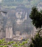 99 meter hoge bevindende Boedha in lingyunberg, in Sichuan, China Royalty-vrije Stock Afbeelding