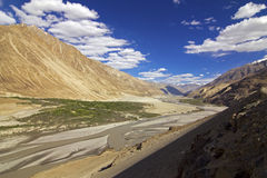 Methode zum Nubra Tal Ladakh, Indien Stockfotos