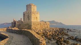 Methoni,希腊2017年8月4日 Bourtzi城堡在Methoni 一个历史的堡垒 影视素材