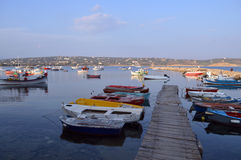 Methonis口岸 小船和渔船 库存图片