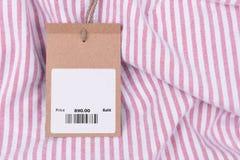 Metka z barcode na koszula Obraz Royalty Free