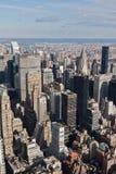 Metlife y paisaje urbano de Nueva York del edificio de Chrysler Imagen de archivo