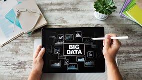 Metodi standard e strumenti di BIG DATA complessi manipolare o interrogare Concetto di tecnologia e di Internet immagine stock
