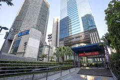 Metra wejście obok budynków obraz royalty free