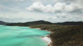 Metragem aérea da praia de Whitehaven Ilhas do domingo de Pentecostes em Austrália filme