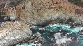 Metragem aérea de cênico, Rocky Northern California Coastline filme