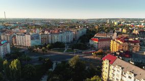 Metragem aérea do amanhecer no city4 fotografia de stock royalty free