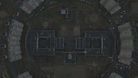 A metragem aérea do soviete cinzento abriga o teste padrão Casas idênticas de URSS video estoque