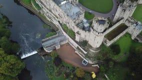 Metragem dramática do castelo medieval vídeos de arquivo
