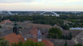 metragem 4K com arquitetura da cidade panorâmico em Novi Sad, Sérvia vídeos de arquivo