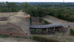 metragem 4K com vista panorâmica da fortaleza de Petrovaradin video estoque
