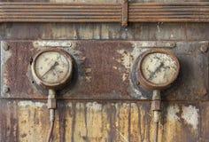 Metri dell'orologio di vecchio motore diesel Immagini Stock