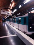 metro fotos de stock