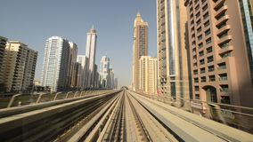 Metro de Dubai - opinião do motorista filme