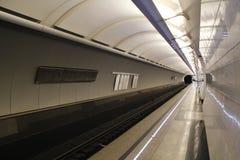 Metro de Moscú, subterráneo del paisaje del povsednevnij Imagenes de archivo