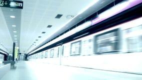Metro e passageiros do lapso de tempo video estoque