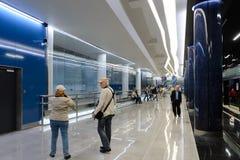 Metro-estação nova Novokrestovskaya em St Petersburg, Rússia fotografia de stock