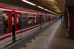 Metro van Praag Stock Afbeeldingen