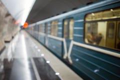 Metro z pociągu inside tunelem obrazy stock