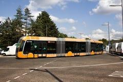 Metrobus bi-artikulerade bussar, det artikulerade mång--avsnittet bussar royaltyfria bilder