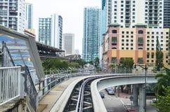 Metromover em Miami do centro foto de stock royalty free