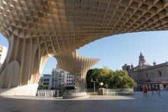 Metropol遮阳伞在白天,塞维利亚,西班牙 免版税库存图片