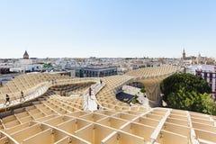 从Metropol遮阳伞的塞维利亚都市风景 免版税库存图片