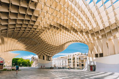 Metropol-Sonnenschirm ist hölzerne Struktur lokalisierte Plaza de la Encar Stockbild