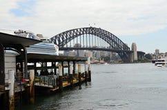 Metropole Sydney und der berühmte bridbe Liebling Stockbild