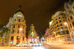 Metropolen-Gebäude bei Gran Vía, Madrid, Spanien Stockbilder