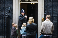 Metropolitan Policewoman on duty in London Royalty Free Stock Photos