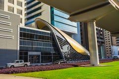 Metropolitana del Dubai come rete completamente automatizzata della metropolitana più lunga del mondo (75 Immagine Stock Libera da Diritti