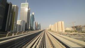 Metropolitana del Dubai - vista del driver stock footage