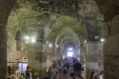 Metropolitana del palazzo di Diocleziano nella spaccatura Fotografie Stock Libere da Diritti