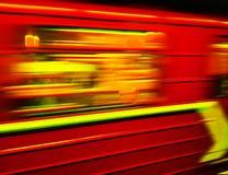 Metropolitana nel moto Molti colori Fondo artistico, substrato Rosso e giallo fotografia stock