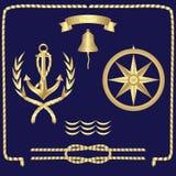 Metta dei simboli nautici l'ancora, le corde, la bussola, onde illustrazione vettoriale