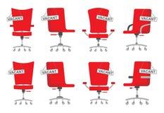 Metta di varie forme e degli insiemi completi delle sedie dell'ufficio di colore rosso in uno stile piano con un segno di offerta immagini stock