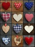 Metta i cuori dell'amore del biglietto di S. Valentino del collage sugli ambiti di provenienza rustici Fotografie Stock