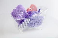 Metta il bagno e rilassi i prodotti - articoli da toeletta immagine stock