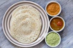 Metta il dosa con il sambar ed il chutney Immagini Stock