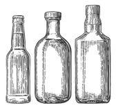 Metta la bottiglia per la birra, il whiskey, tequila Fotografia Stock Libera da Diritti