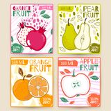 Metta la frutta dell'etichetta del succo di vettore Apple, granato, pera, arancio Illustrazione di tiraggio della mano Progettazi Fotografia Stock