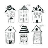 Metta le case in bianco e nero del profilo di schizzo dentro Immagine Stock