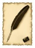 Metta le piume alla spoletta ed al inkwell su un vecchio documento Fotografie Stock