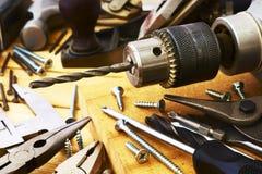 Metta lo strumento del falegname del banco Fotografia Stock Libera da Diritti