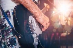 Metta in scena gli indicatori luminosi Priorità bassa musicale astratta fotografie stock libere da diritti