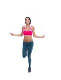 Mette in mostra l'allenamento della donna con il salto della corda Fotografie Stock