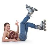 Mette in mostra la ragazza con i pattini di rullo immagini stock libere da diritti